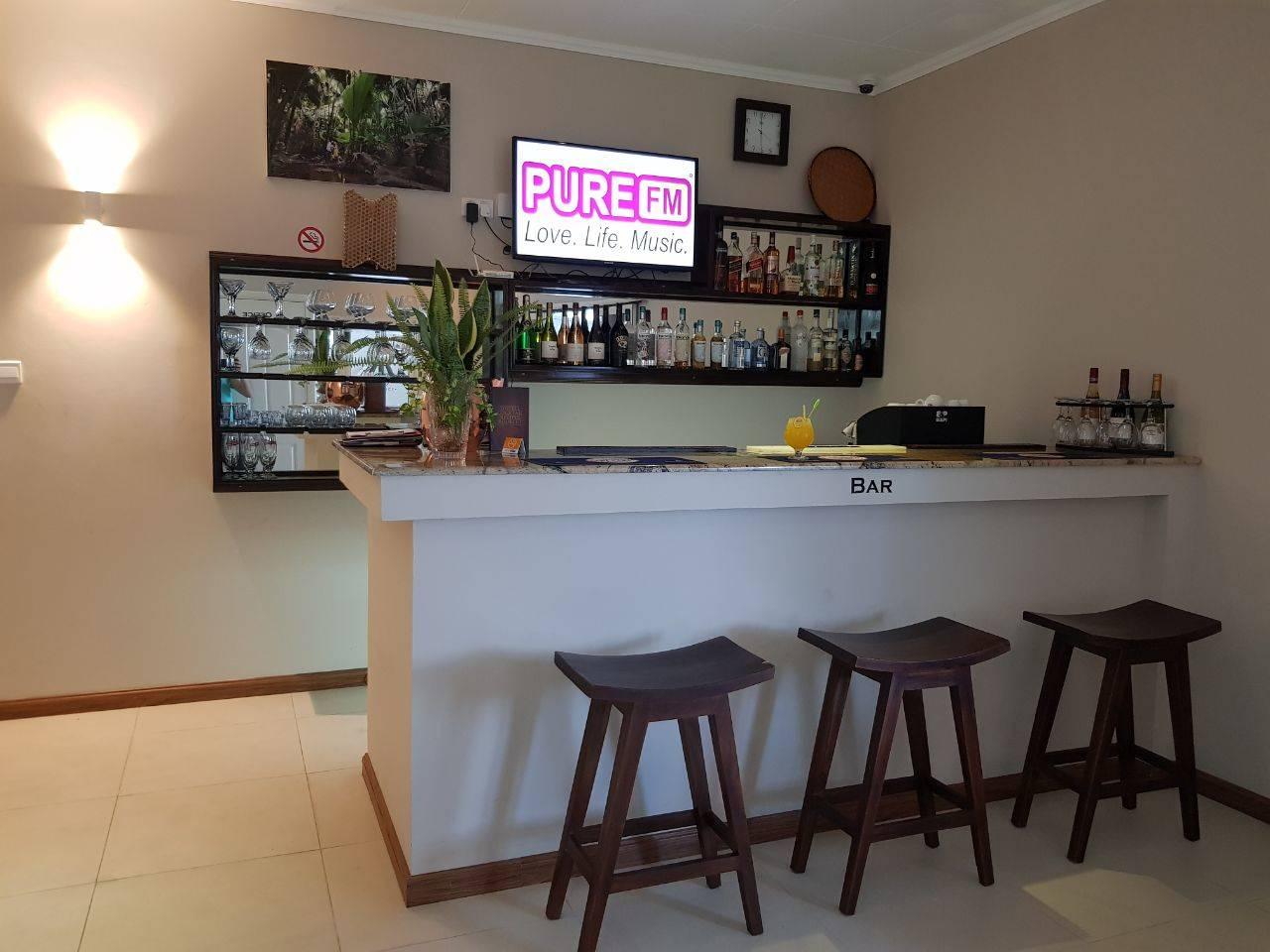Residence - bar